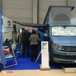Messestand Ruedi Strub mit VW-Bus