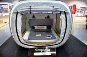 ein Sleeperoo mit Blick auf Innenbereich am SCS 2017