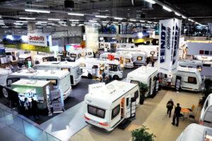 Suisse Caravan Salon 2017 Ausstellungsbereich mit Wohnwagen