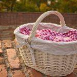 Picknickkorb als Weihnachtsgeschenk für eine Camperin