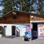 Wohnwagen mit Fix-Installationen