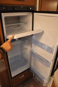 Kühlschrank mit Tiefkühlfach