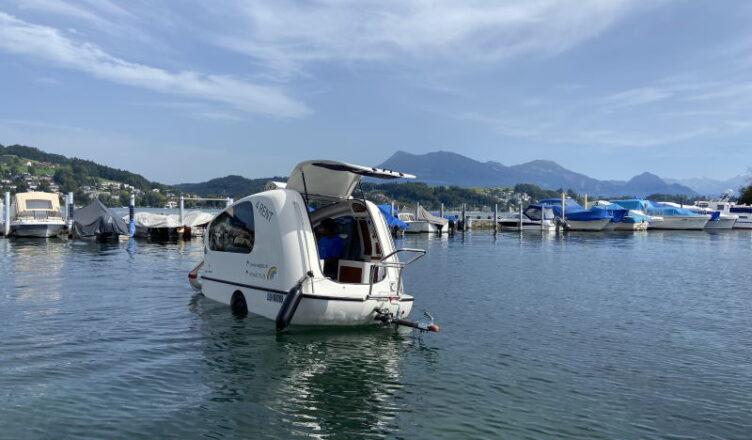 Sealander Schwimm-Caravan